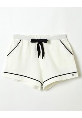 Dames short gebroken wit...