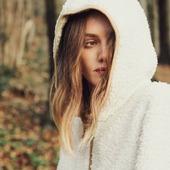 Herfst. Dat is met modderlaarzen aan een herfstwandeling maken. En dan thuis lekker opwarmen met chocolademelk en een warme peignoir of pyjama 🍂☕  Helemaal verliefd op deze warme Lords & Lilies jasjes die zo mooi zijn dat het zowel als homewear of outdoorwear kan gedragen 🧡🧡🧡  #weekvanhetbos #moutonaalst #lordsandlilies #stijlvol #homewear #outdoorwear  Ook op www.moutonaalst.be ➡️ filter op lords & lilies