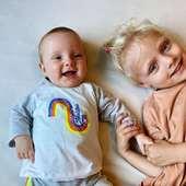 ❤️ Tot de regenboog en daar voorbij 🌈 @eveliendb_  Zalige zomer shortjes en T-shirts van Billie-Ray nu in solden tot -30% (bij 2 stuks). Rest van Billie-Ray collectie tijdelijk ook aan -10% (0-2 jaar).  #billierayxwoody #zusjes #fieremoutonoma #moutonaalst #familie