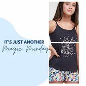 🎶 I wish it was a Sunday 🎶 De zomer vliegt voorbij!  Geniet nog van onze laatste ☀️zomersolden☀️ zoals onze Magic Pyjama's aan -40% (bij aankoop van 2 stuks). Ideaal als matching outfit op een pyjamaparty🤩