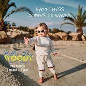 Happiness Comes in Waves 🌈  BILLIE-RAY X WOODY nu volledige collectie in onze winkel of webshop.  Inspired by retro Malibu surf vibes. 🏄♀️  Unisex, ultra zachte katoen of velvet. En de regenbogen staan ook voor liefde aan de #lgbtq community ♥️.  Samenwerking tussen #woodyworldofficial en @oneandonlyastrid & @bramskibeat .   Van 0-2 jaar. Met sweaters, jogging, shortjes en T-shirts, slaapzakken, slabben, coole beanies en baby body'yjes  Ons gedacht? Zalig zacht en retro schot in de roos!   Check it out! ⛱️🤩☀️ www.moutonaalst.be  PS niet vergeten, online als in de winkel 5% getrouwheidskorting ✨  #babywear #malibuvibes #aloha #babysweater #kidsclothing #pyjamaparty #ookoverdag #happiness #feelgoodmood #billierayxwoody